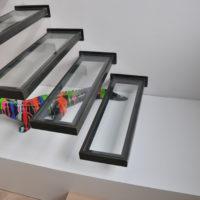 escalier design autoporté en verre et métal