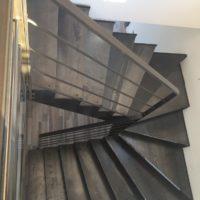 escalier intérieur en acier à quart tournant