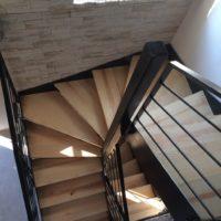escalier à double quart tournant acier et marches en bois