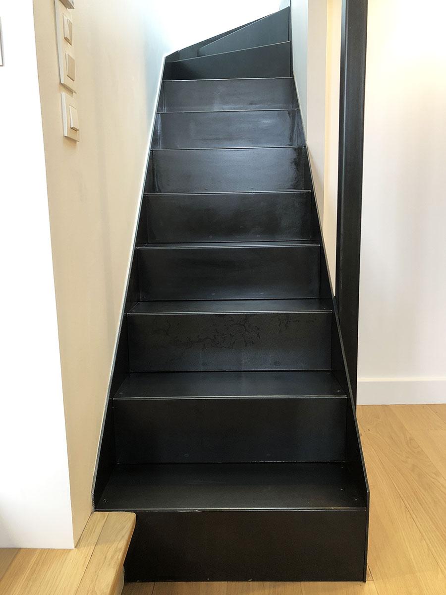 face-escalier