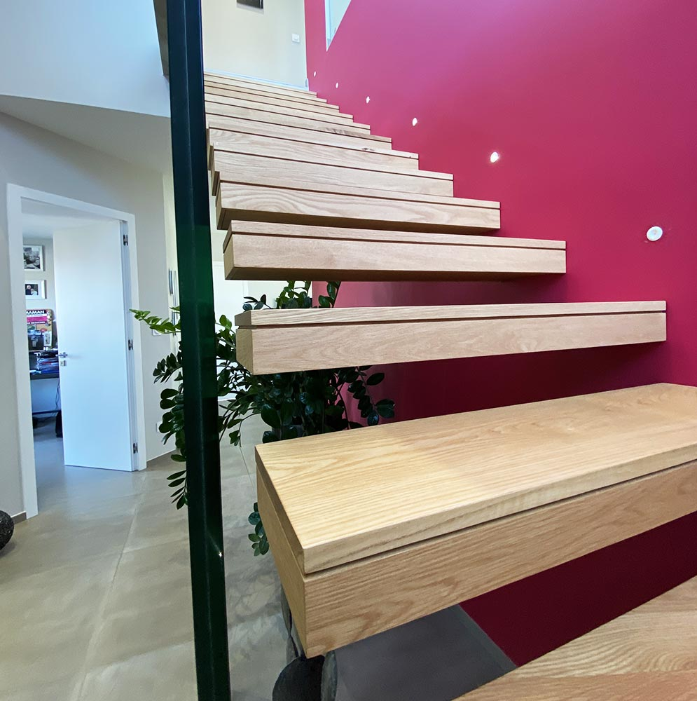 finition-escalier-suspendue