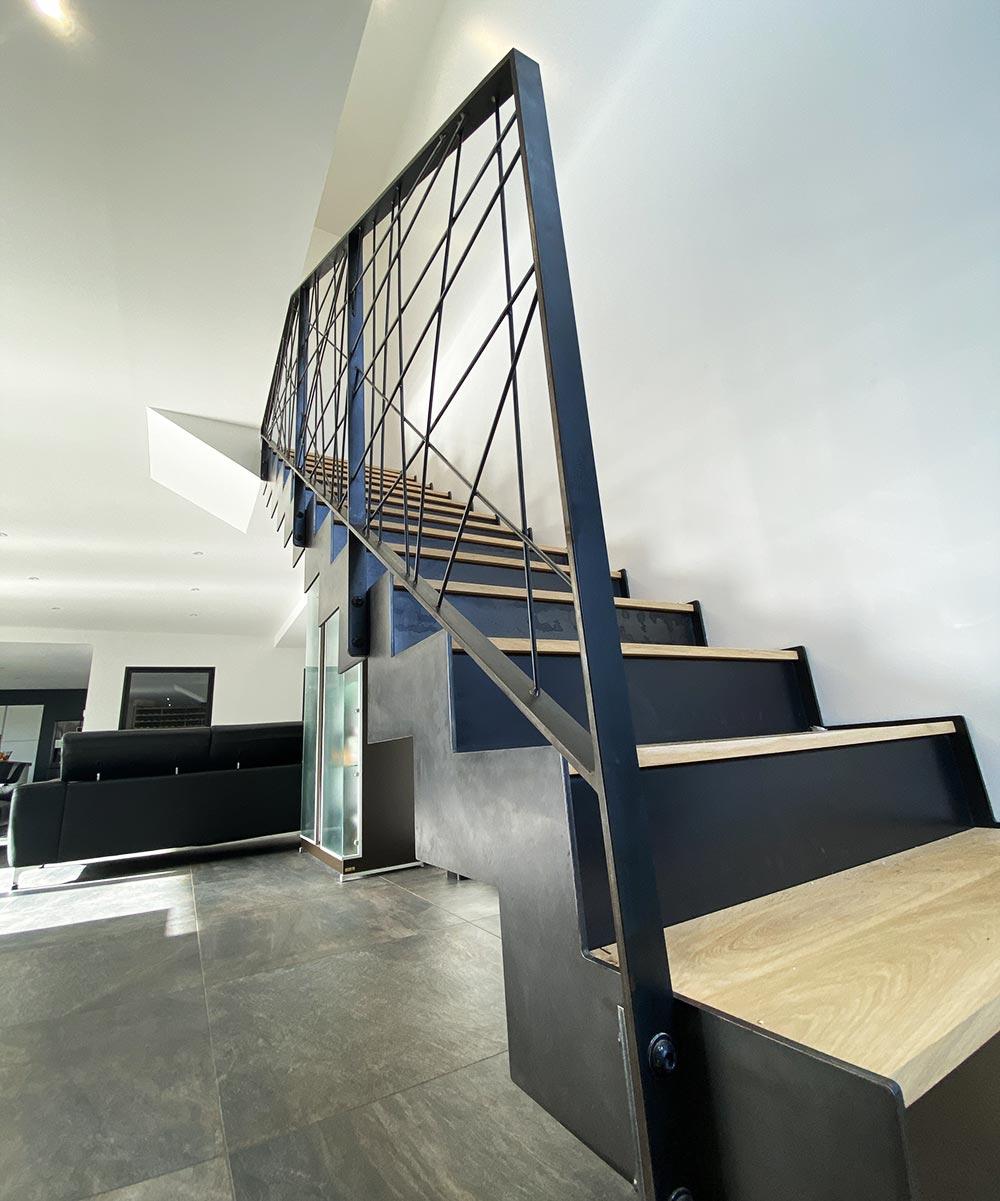 finition-escalierlimon-crémaillaire
