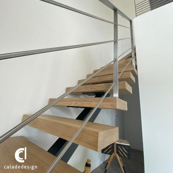 finition escalier limon centrale marche bois sur mesure