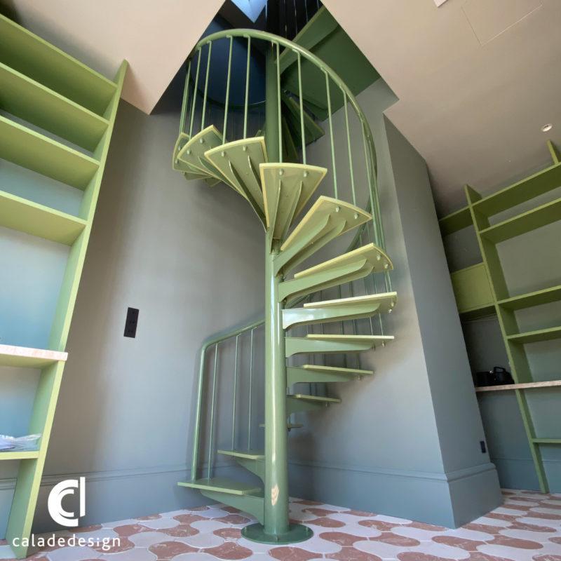 escalier hélicoïdale vert sur mesure